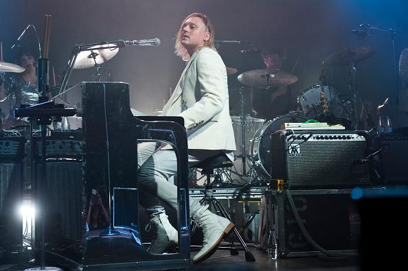 Arcade Fire-Drummer Jeremy Gara hat in einem Interview angedeutet, dass die Band bereits im April das neue Album veröffentlichen könnte.