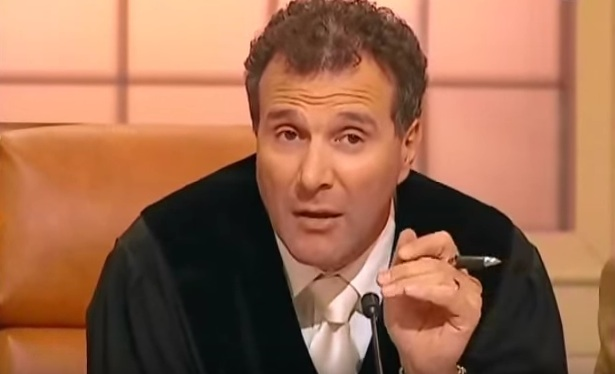 Alexander Hold in seiner Sat1-Sendung