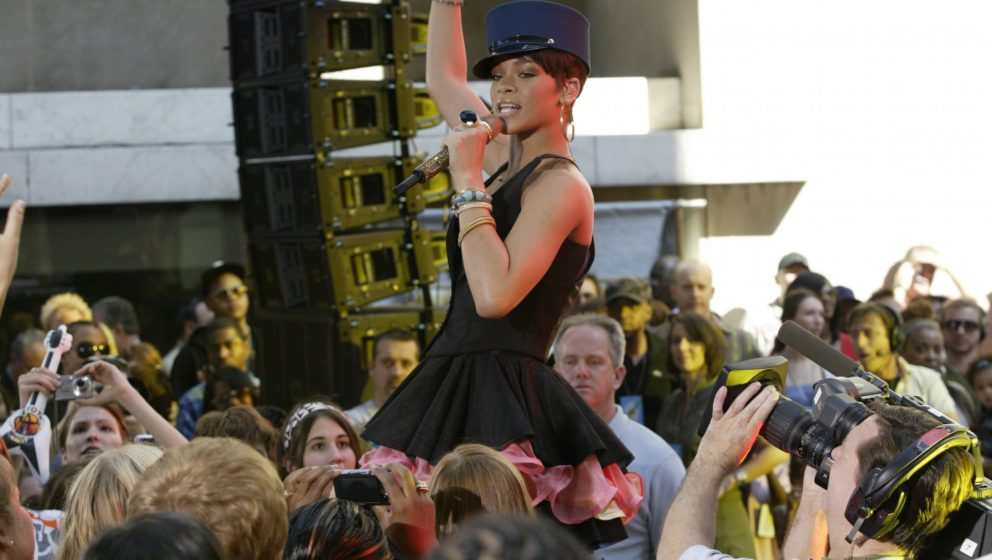 TODAY -- Rihanna -- Air Date 06/20/2008 -- Pictured: Musical guest Rihanna performs live on the Plaza on NBC News' 'Today' on