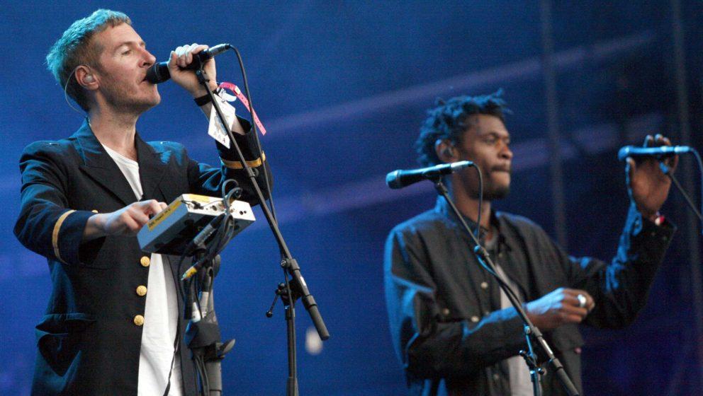 Massive Attack bei einem Live-Konzert im Jahr 2006