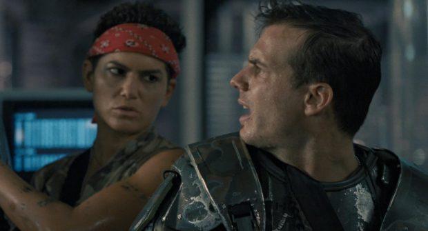 Vasquez (Jenette Goldstein) und Hudson (Bill Paxton)