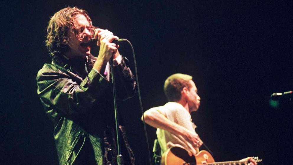 Pearl Jam Pop Performing At Wembley Arena In London, Britain - 1996, Pearl Jam (Photo by Brian Rasic/Getty Images)