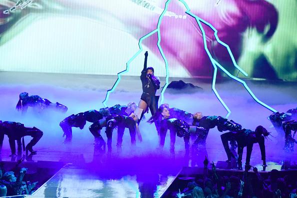 Rihanna lässt es blitzen und donnern