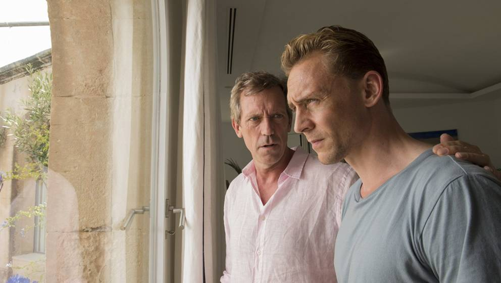 "Zwei spielen miteinander wie Katz und Maus: Hugh Laurie und Tom Hiddleston in ""The Night Manager"""