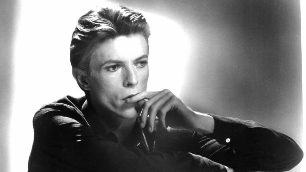 Ein Jahr nach dem Tod von David Bowie beantwortet ein 360-Grad-Video die Frage, wie ein Spaziergang zum Mond ausgesehen hätte.