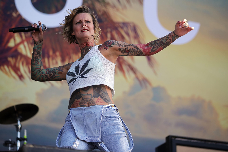 Sängerin Jennifer Weist bezieht Stellung