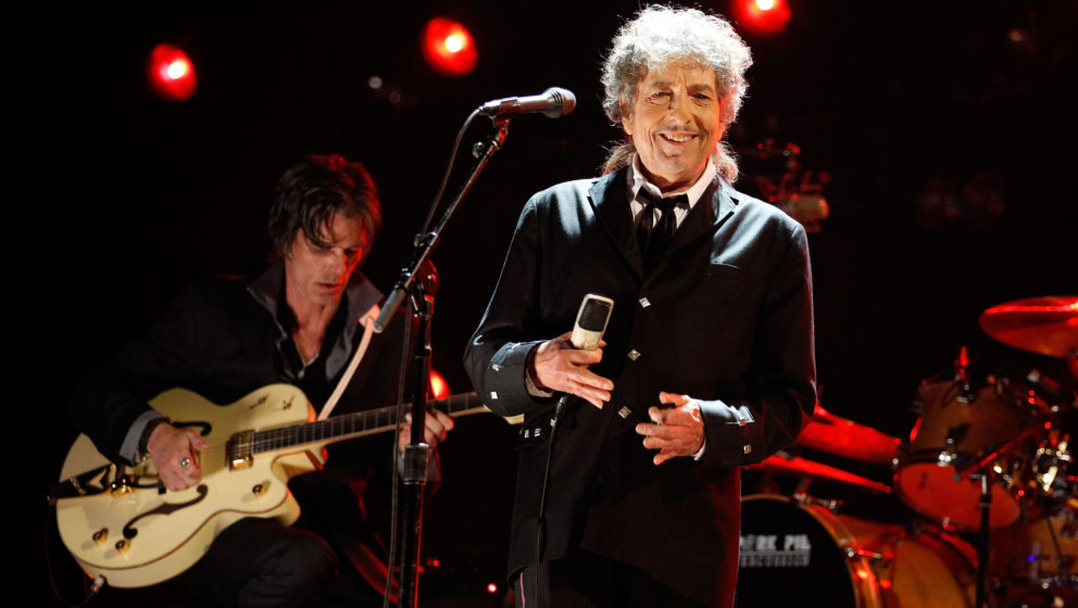 HOLLYWOOD, CA - JANUARY 12:  Musician Bob Dylan onstage during the 17th Annual Critics' Choice Movie Awards held at The Holly
