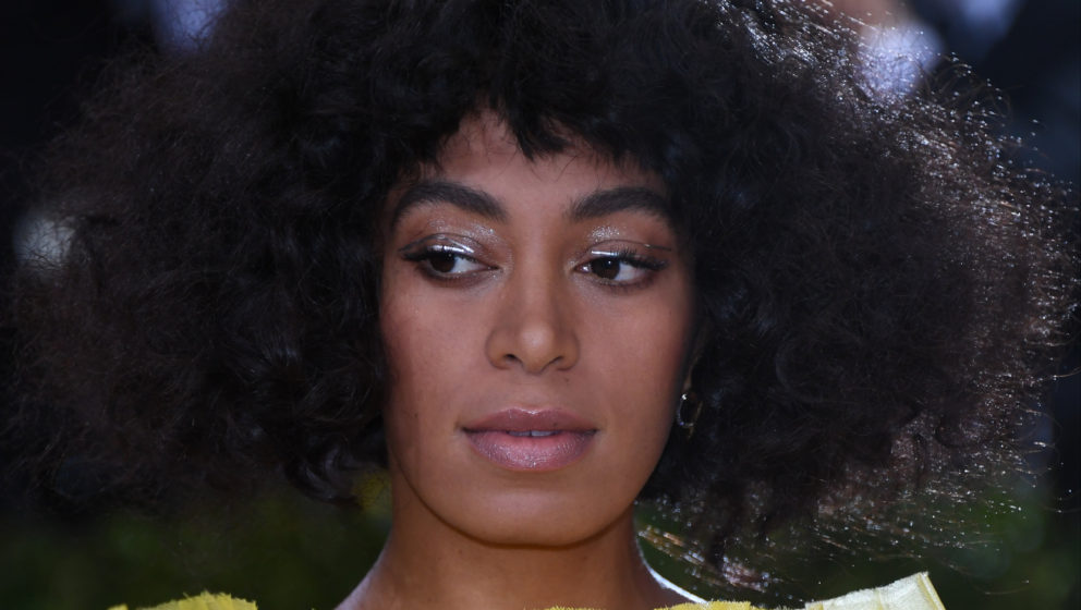 NEW YORK, NY - MAY 02:  Solange Knowles attends the 'Manus x Machina: Fashion In An Age Of Technology' Costume Institute Gala