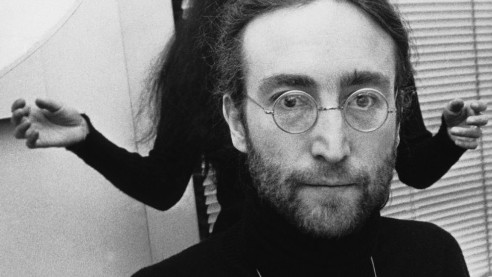 UNITED KINGDOM - NOVEMBER 27:  Portrait of John LENNON, singer of the BEATLES and of his wife, Yoko ONO. At that time John LE