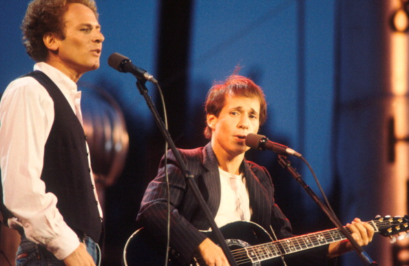 Art Garfunkel and Paul Simon, Simon And Garfunkel, perform on stage, Central Park, New York, September 1981. (Photo by Michae