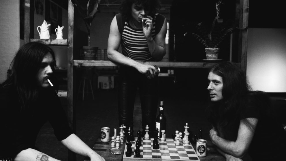 UNITED KINGDOM - JANUARY 01:  Photo of Eddie CLARKE and LEMMY and MOTORHEAD and Phil TAYLOR; Group portrait playing chess L-R