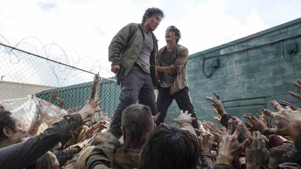 Michael Traynor as Nicholas and Steven Yeun as Glenn Rhee - The Walking Dead _ Season 6, Episode 3 - Photo Credit: Gene Page/