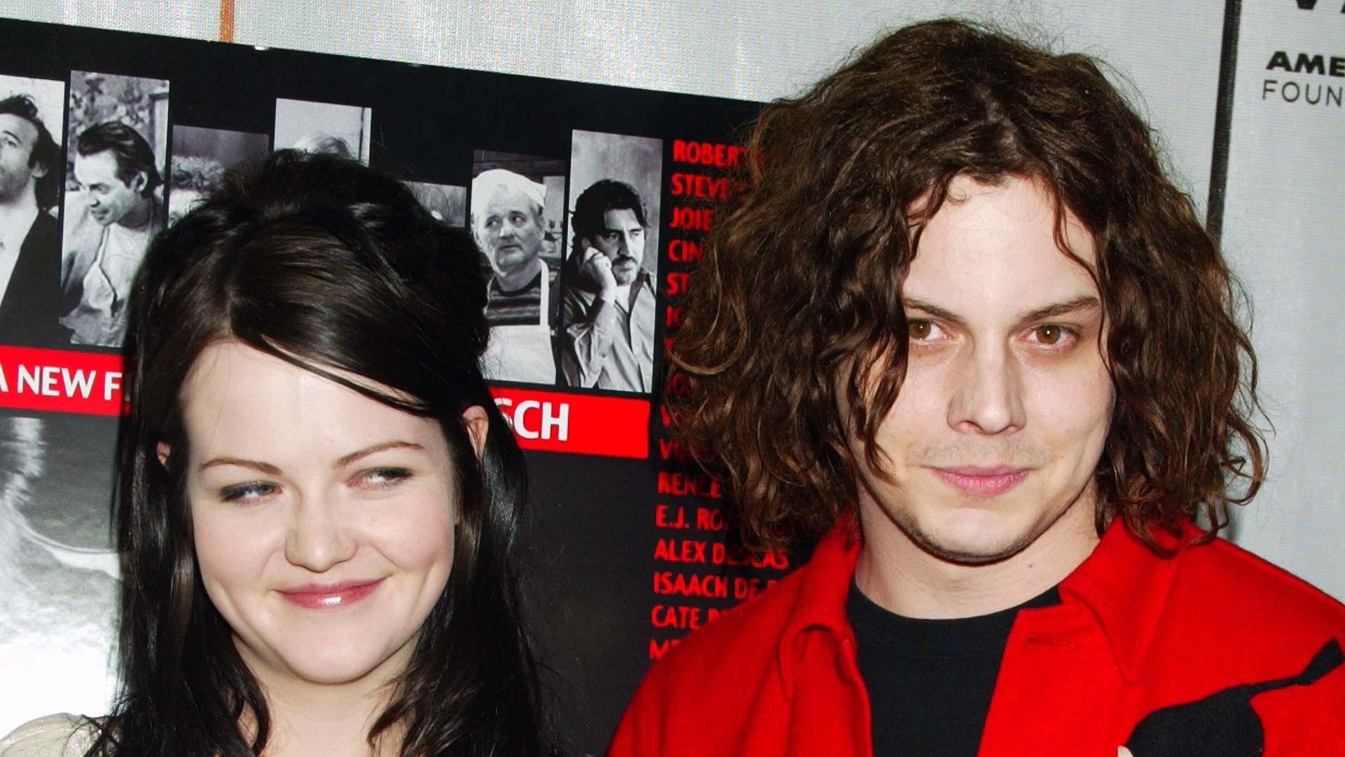 The White Stripes (Meg und Jack White) im Jahr 2004.
