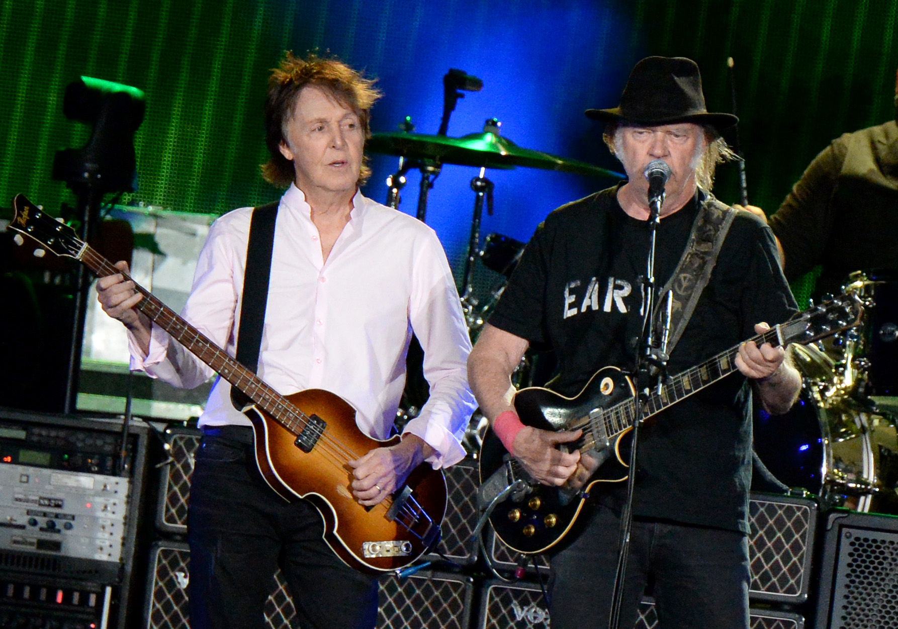 Sir Paul McCartney spielt beim Desert Trip in Kalifornien mit Neil Young