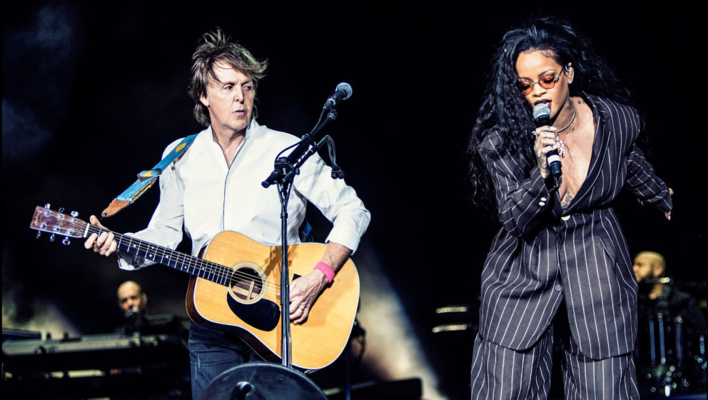 INDIO, CA - OCTOBER 15:  Paul McCartney (L) and Rihanna perform on Day 3 of Desert Trip Weekend 2 at the Empire Polo Field on