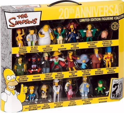 Dieses kostengünstige Set enthält 20 Mini-Figuren aus der Serie - pro Staffel eine