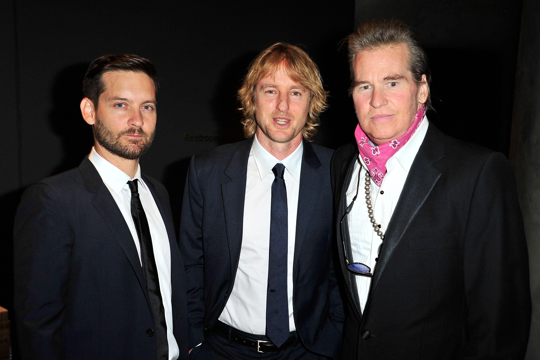 Einer der wenigen öffentlichen Auftritte von Val Kilmer - mit Tobey Maguire und Owen Wilson (2015)