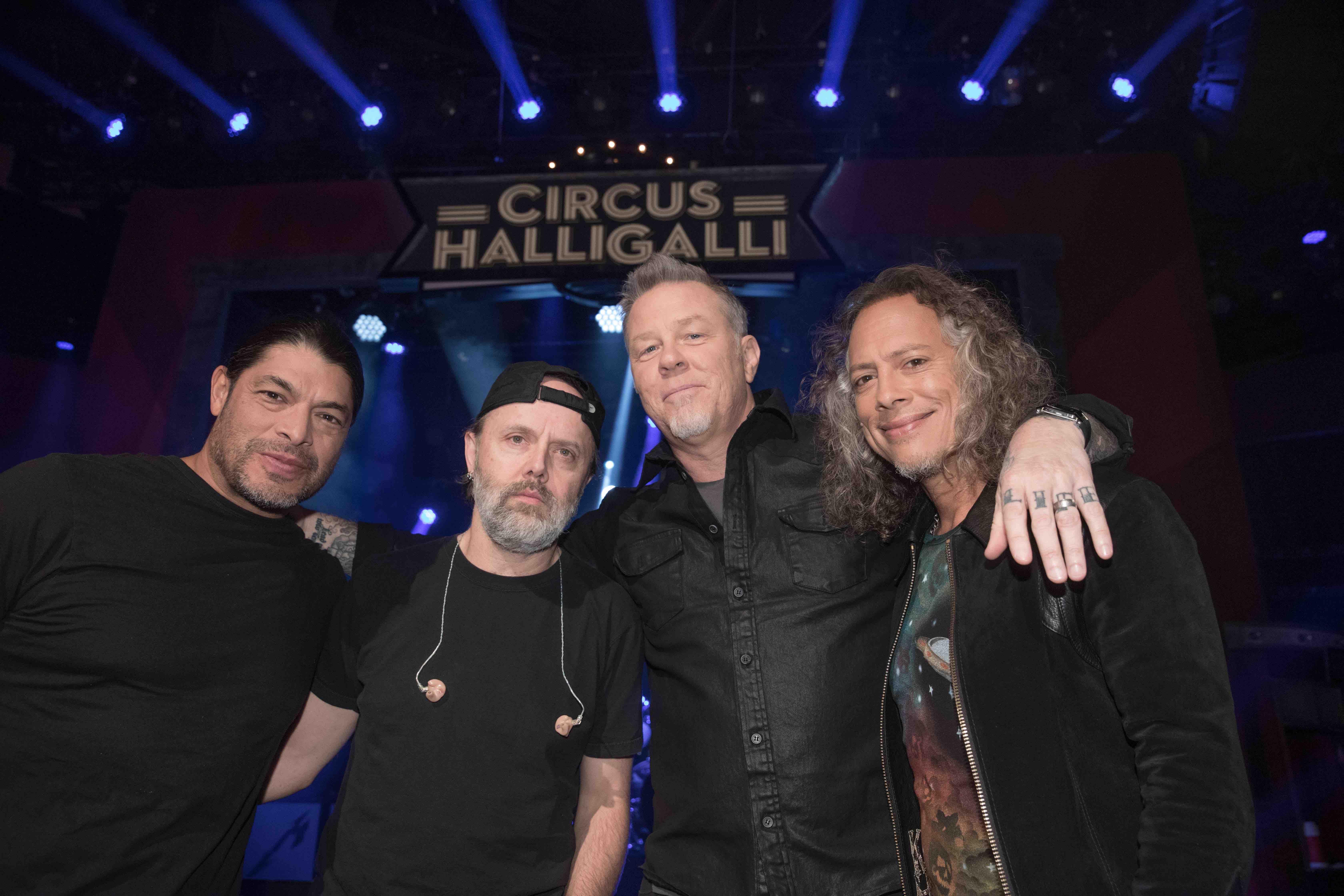 Die US-amerikanische Metal-Band Metallica, Robert Trujillo, Lars Ulrich, James Hetfield und Kirk Hammett (l-r) ist zu Gast in