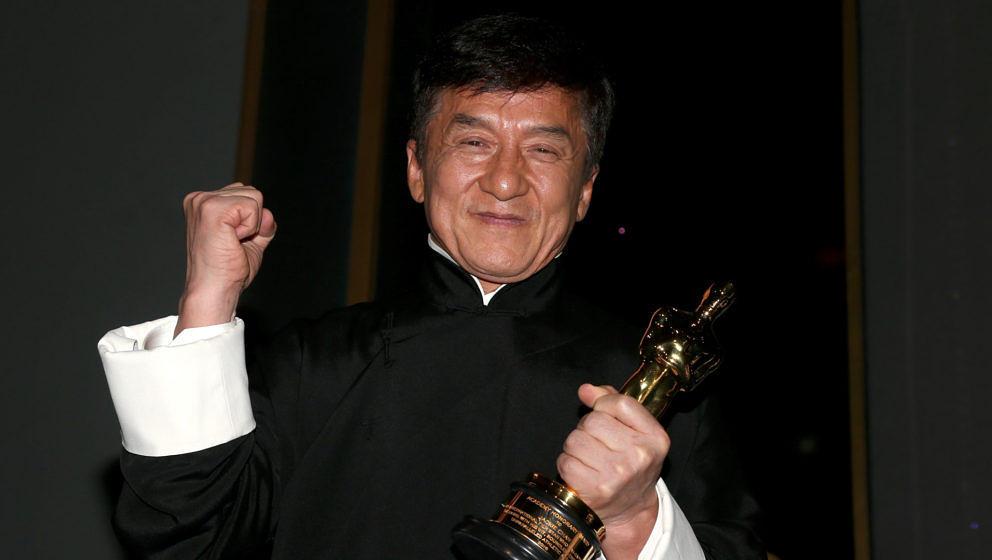 Stolz wie Oskar: Jackie Chan mit seinem Oscar