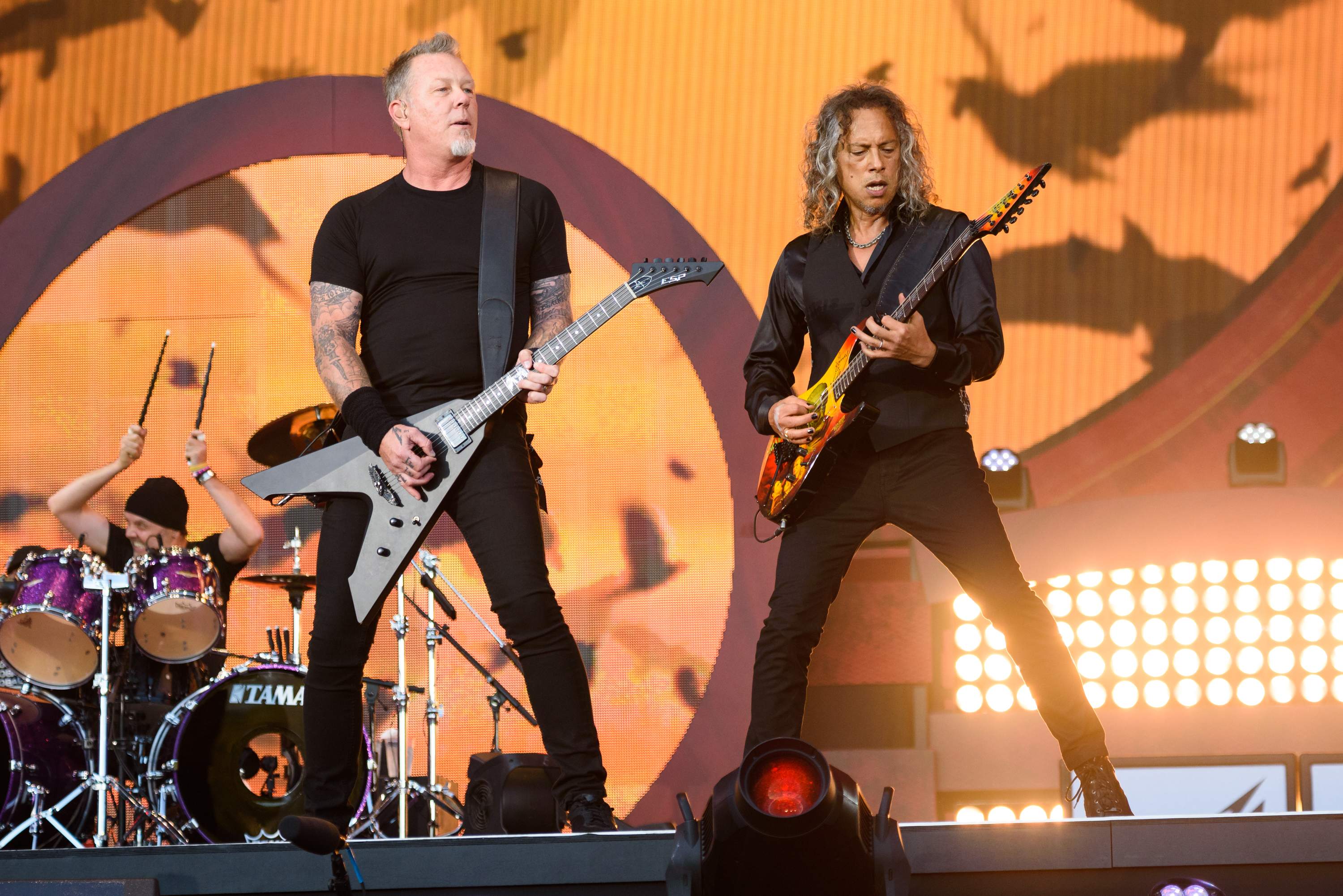 NEW YORK, NY - SEPTEMBER 24:  James Hetfield (L) and Kirk Hammett of the band Metallica perform live on stage during Global C