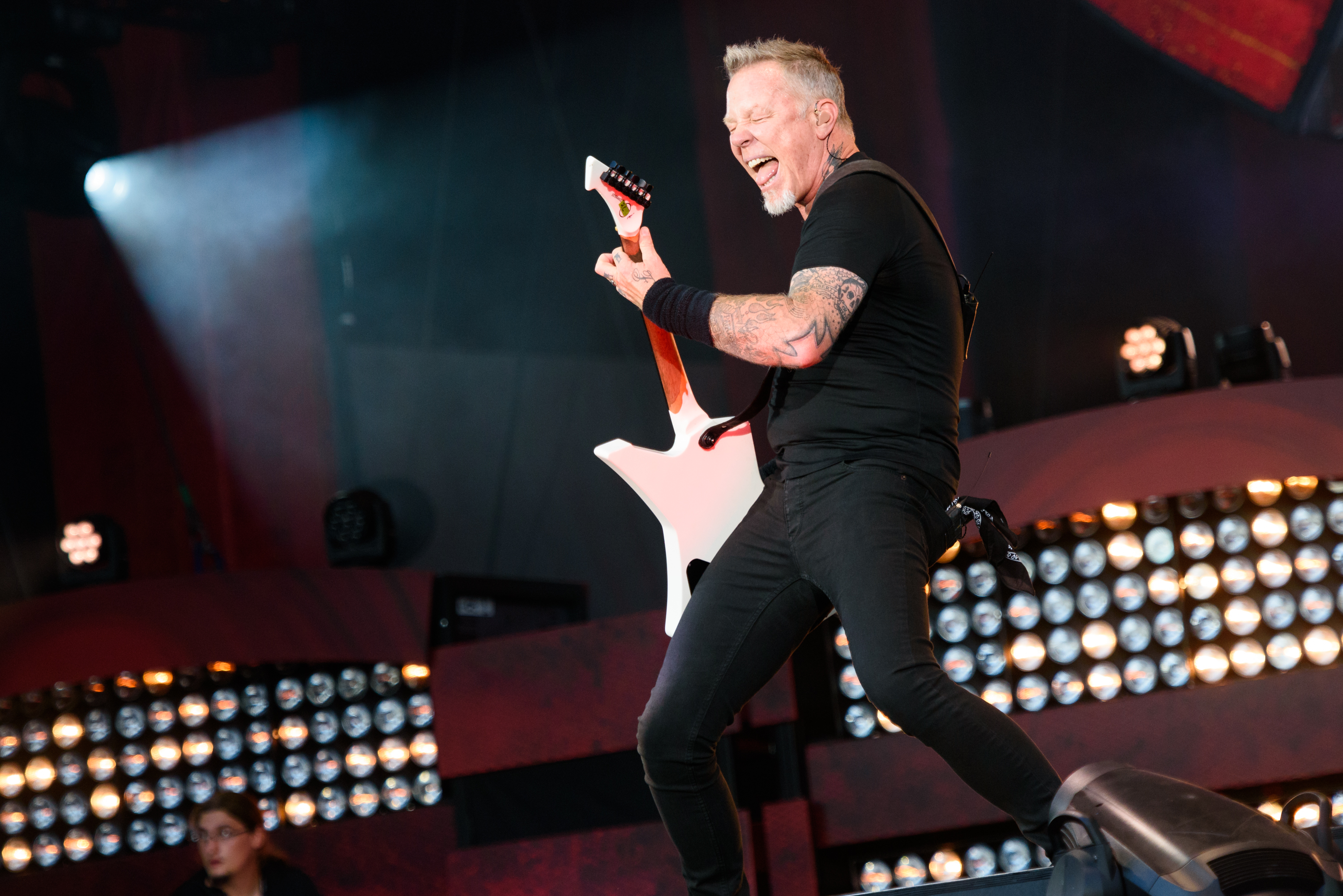 NEW YORK, NY - SEPTEMBER 24:  Guitarist James Hetfield of the band Metallica performs live on stage during Global Citizen Fes