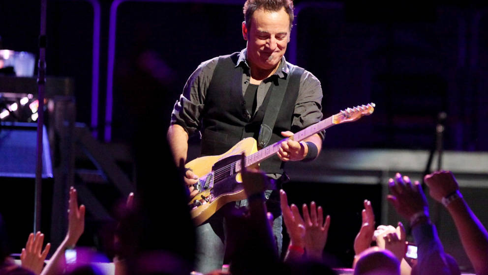 NEW YORK - NOVEMBER 07:  Bruce Springsteen performs onstage  at Madison Square Garden on November 7, 2009 in New York City.