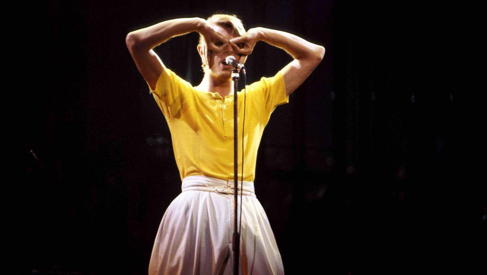 UNITED STATES - MAY 01:  MADISON SQUARE GARDEN  Photo of David BOWIE, performing live onstage on Low/Heroes 1978 World Tour