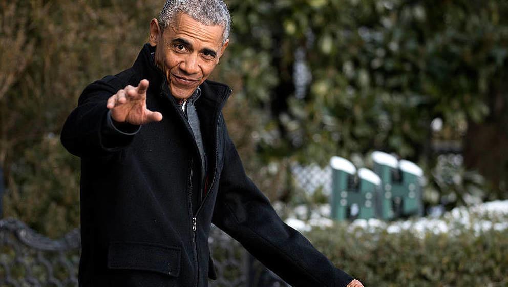 Chance The Rapper zeigt sich in einem Video begeistert von der Abschiedsparty, die Barack Obama am 06. Januar im Weißen Haus gefeiert hat.