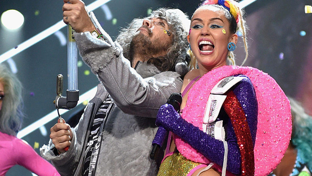 "Wayne Coyne über Miley Cyrus: ""Sie schickt mir Pinkel-Fotos"""