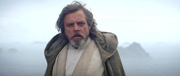 """Das Foto des Tages kommt von Rian Johnson, dem Regisseur von """"Star Wars: The Last Jedi"""". Es zeigt, dass es auch in Episode Acht den ikonischen Lauftext geben wird."""