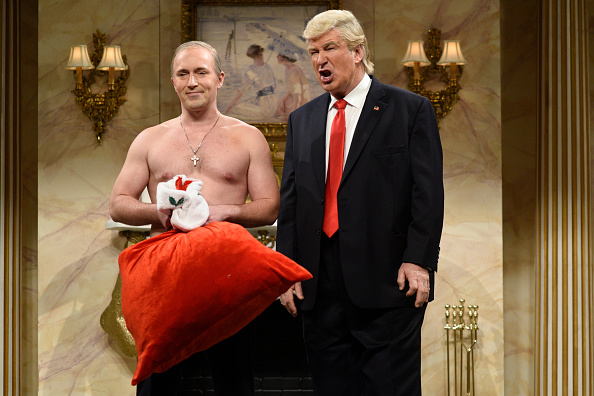 SATURDAY NIGHT LIVE -- 'Casey Affleck' Episode 1714 -- Pictured: (l-r) Beck Bennett as Russian President Vladimir Putin and A