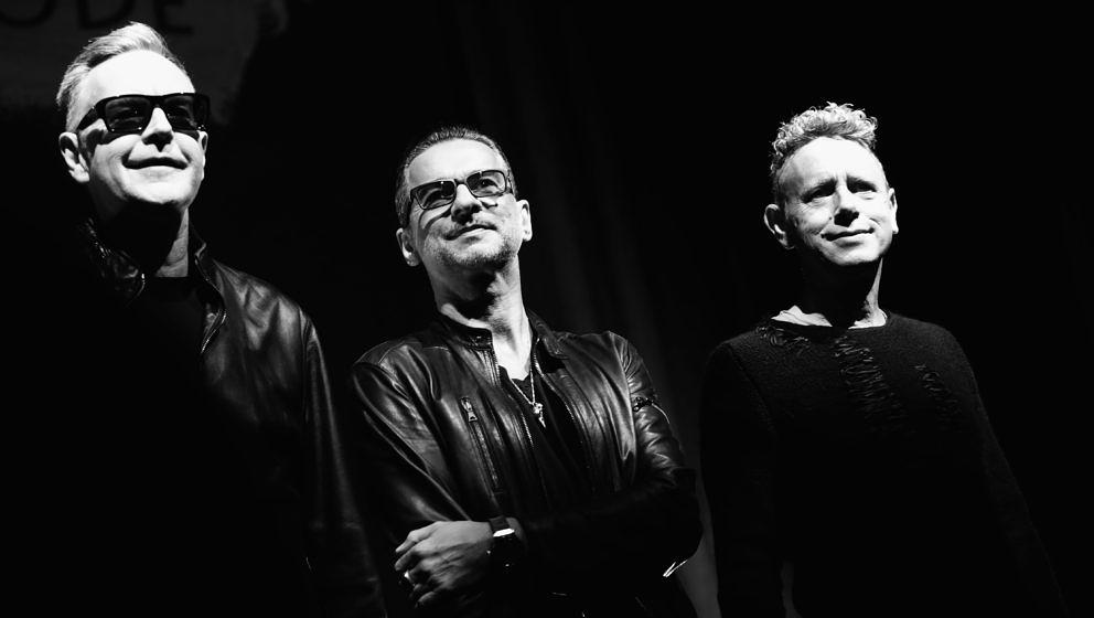 "Depeche Mode stellen ihren neuen Song ""Where's The Revolution"" vor"