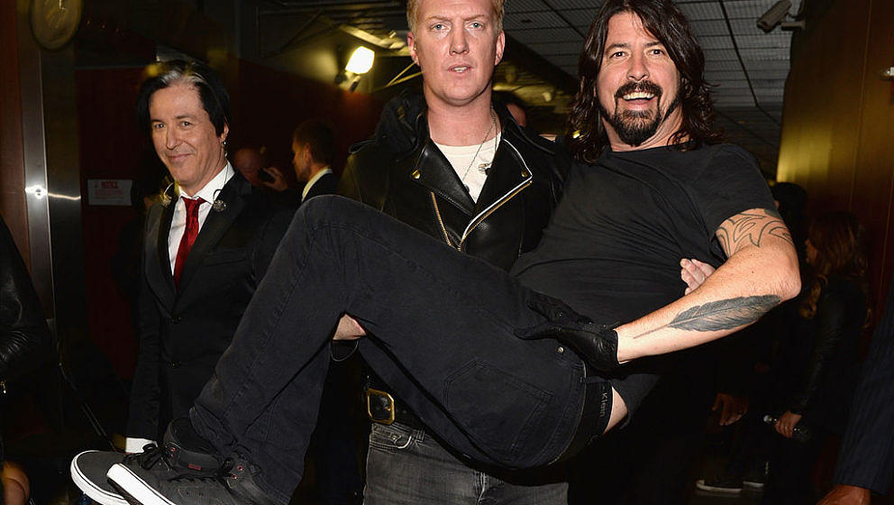 Arbeiten Dave Grohl und Josh Homme an einem Foo-Fighters, oder am neuen Queens-Of-The-Stone-Age-Album? Das könnte das gemeinsame Foto aus dem Studio bedeuten.