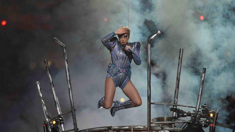 Singer Lady Gaga performs during the halftime show of Super Bowl LI at NGR Stadium in Houston, Texas, on February 5, 2017. /