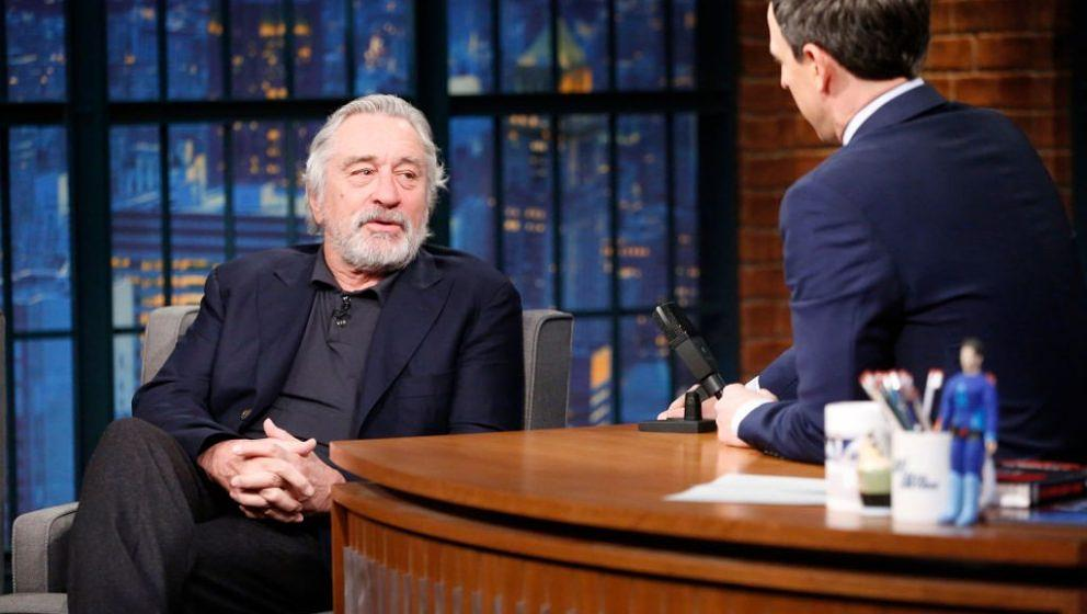 LATE NIGHT WITH SETH MEYERS -- Episode 481 -- Pictured: (l-r) Actor Robert De Niro during an interview with host Seth Meyers