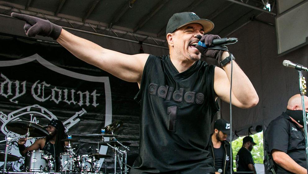 Ice-T live mit seiner Band Body Count