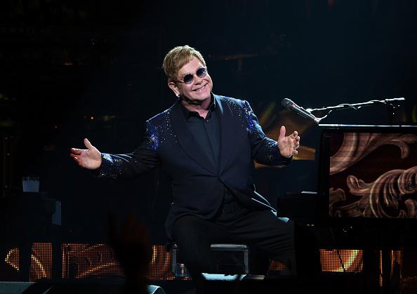 """Elton John und Quincy Jones gehören unter anderem zu den ersten Musikern, die ein neues Vinyl-Abo kurativeren werden. """"Experience Vinyl"""" startet im April."""
