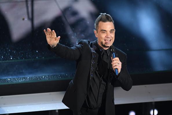 Robbie Williams hat schon einmal im Buckingham Palace gekifft. Das hat er nun in einem Interview gesagt.