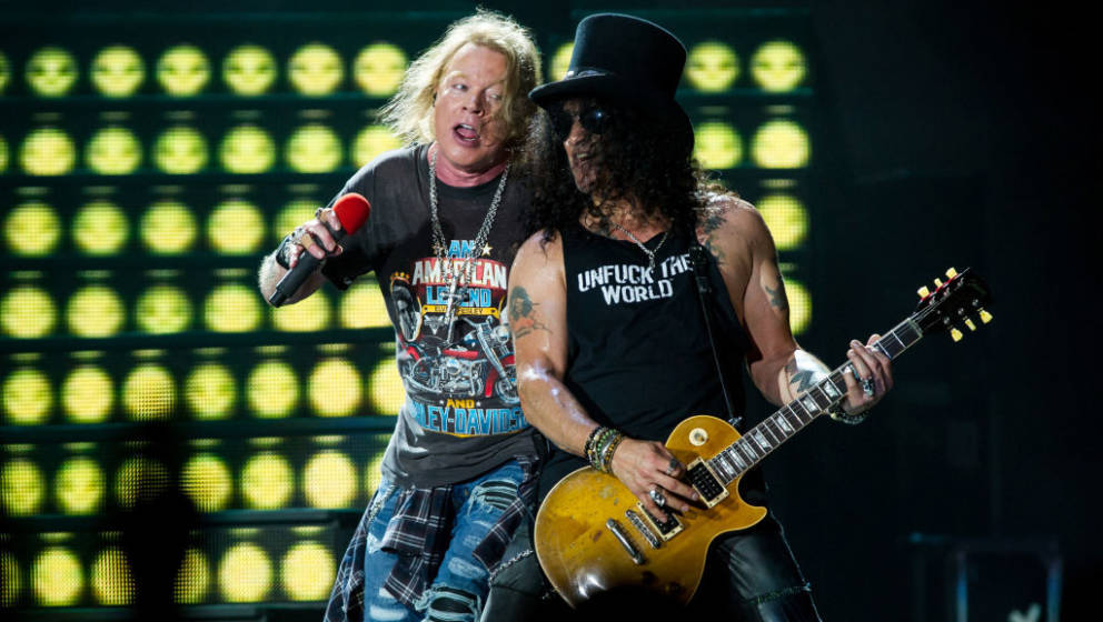 BRISBANE, AUSTRALIA - FEBRUARY 07:  Axl Rose and Slash perform at the Guns 'N' Roses 'Not In This Lifetime' Tour at QSAC Stad