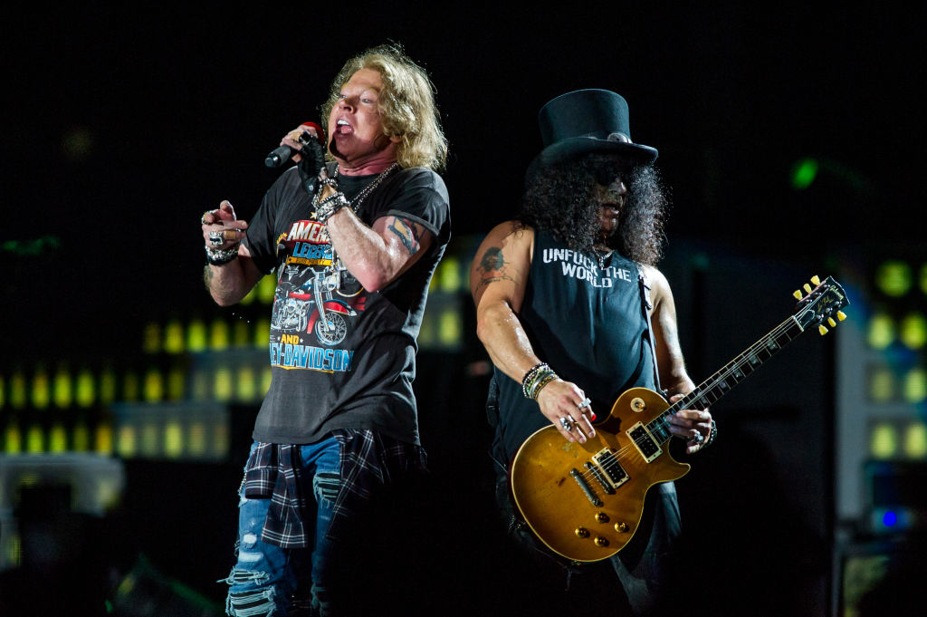 Guns N'Roses (live in Brisbane)