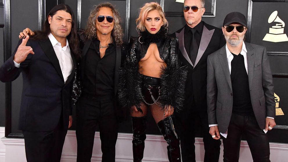 LOS ANGELES, CA - FEBRUARY 12:  (L-R) Musicians Robert Trujillo and Kirk Hammett of Metallica, singer Lady Gaga and James Het