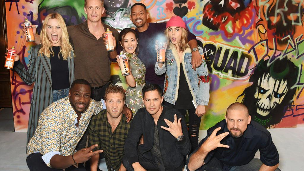 """Regisseur David Ayer (unten rechts) mit dem Cast aus """"Suicide Squad"""""""