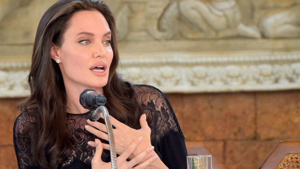 """Angelina Jolie bei einer Pressekonferenz für ihren neuen Film """"First They Killed My Father"""""""