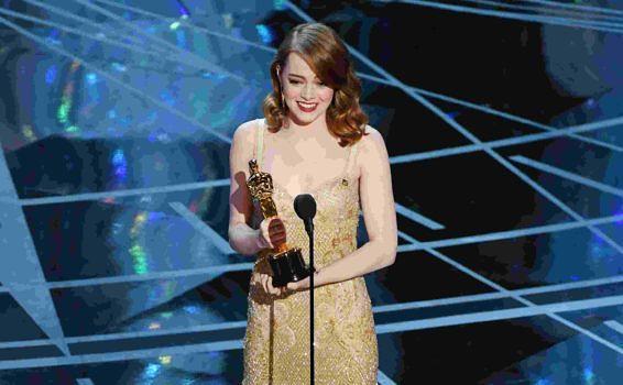 """Emma Stone wird für ihre schauspielerische Leistung in """"La La Land"""" mit einem Oscar belohnt"""