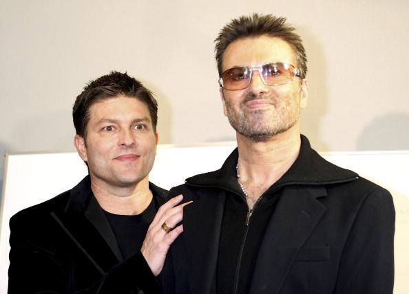 Bislang hatte es der Ex-Freund von George Michael vermieden sich zum Tod des Sängers zu äußern. Nun hat sich Kenny Goss zum ersten Mal geäußert.