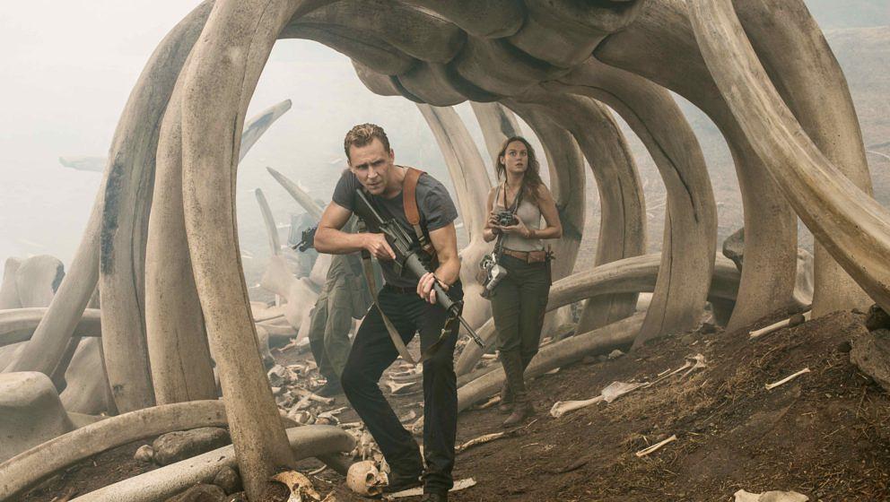 Tom Hiddleston als Conrad und Brie Larson als Mason in dem Film 'Kong: Skull Island'