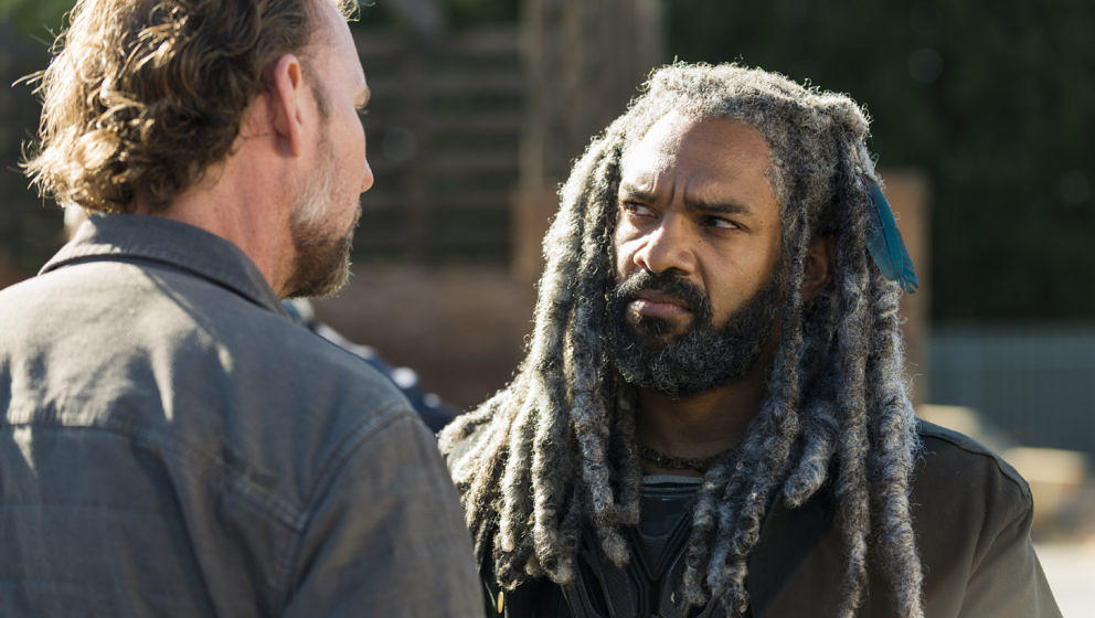 Khary Payton as Ezekiel, Jayson Warner Smith as Gavin - The Walking Dead _ Season 7, Episode 14 - Photo Credit: Gene Page/AM