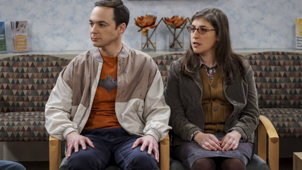 LOS ANGELES - NOVEMBER 22: 'The Birthday Synchronicity' -- Pictured: Sheldon Cooper (Jim Parsons) and Amy Farrah Fowler (Mayi