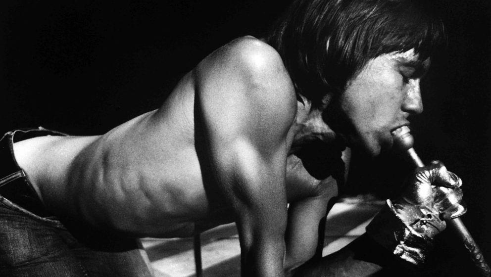 SAN FRANCISCO - MAY 1970:  Singer Iggy Pop of Iggy And The Stooges performs onstage at the Fillmore West in May 1970 in San F