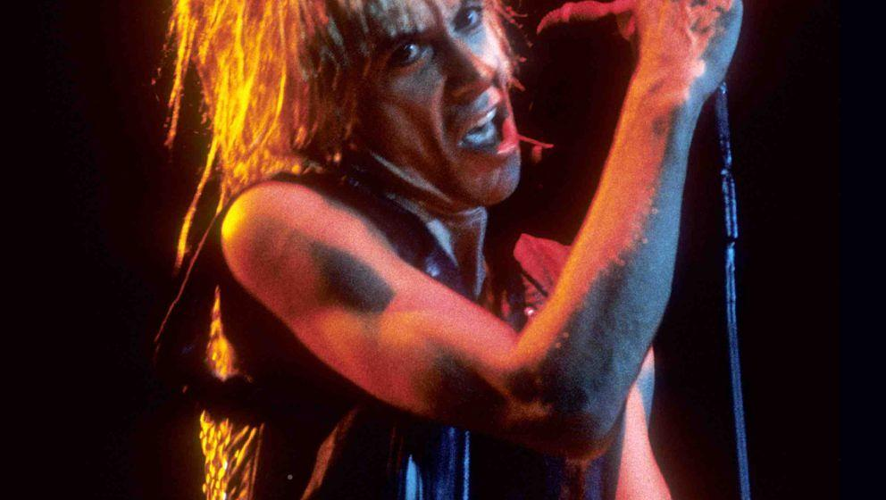 OAKLAND, CA-FEBRUARY 28: Iggy Pop performs at the Oakland Coliseum Arena in Oakland, CA on February 28, 1987. (Photo by Clayt
